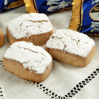 Polvorones de almendra from Seville. Almond shortbread. The Spanish Touch - private tours in Spain