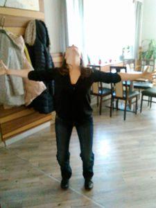 Luna Yoga Übungen von Simona Hansal http://www.ladies-nettwork.at/2016/02/12/ladies-nettwork-fruehstueck-am-12-02-2016/
