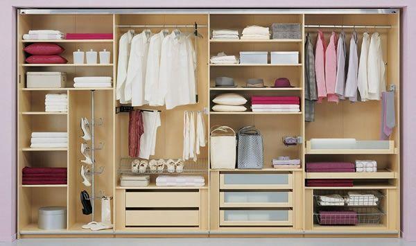 den kleiderschrank intelligent organisieren 50 pl ne und lagerideen ordnung im kleiderschrank. Black Bedroom Furniture Sets. Home Design Ideas