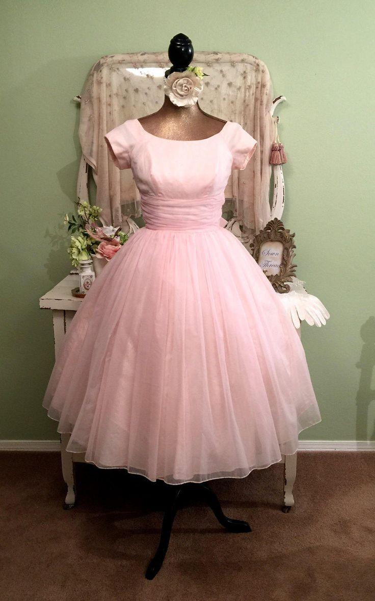 1099 best Vintage Clothing images on Pinterest | Glam dresses ...