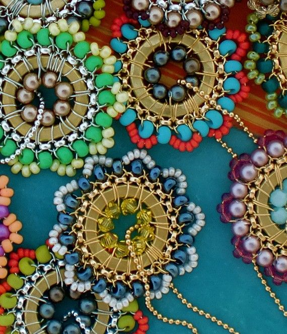 handmade jewelry: Beads Flowers, Handmade Beads, Beads Necklaces, Seeds Beads, Beads Washer, Wire Inspiration, Handmade Jewellery, Beads Pendants, Handmade Jewelry