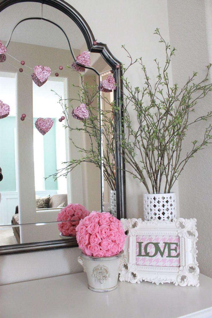 530 best holiday home decor valentine 39 s day crafts images for Home valentine decorations
