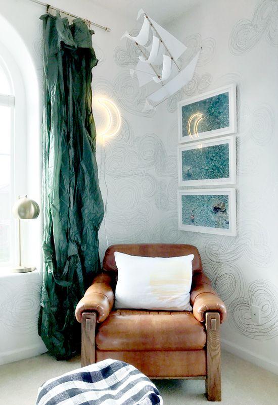 1000 Ideas About Metallic Wallpaper On Pinterest Luxury