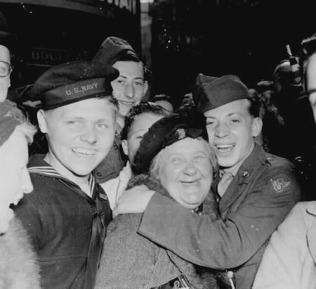 The History Place - World War II in Europe Timeline: May 8, 1945 - VE (Victory in Europe) Day