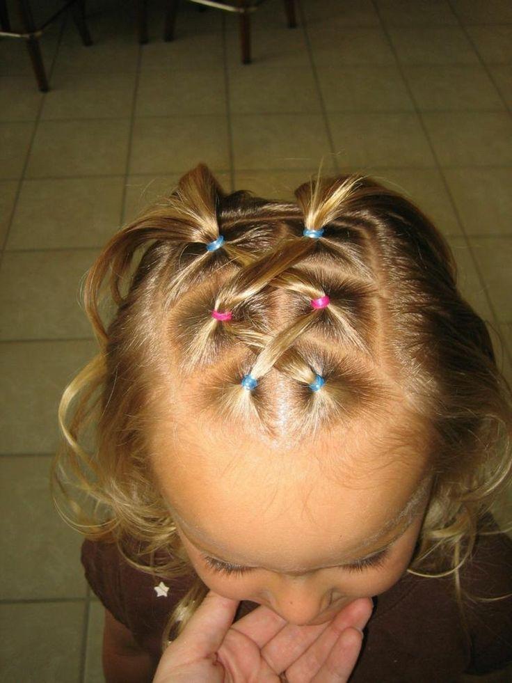 Mädchen Frisuren sehr modern, originell und einfach zu machen