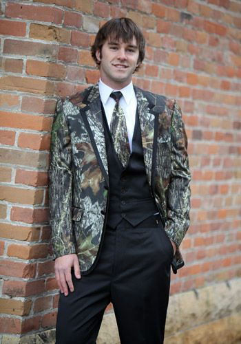 Your Mossy Oak Tuxedo Already Says Classy But If You Want To Make Sure Look Sharp Then Add This Pre Tied Windsor Tie