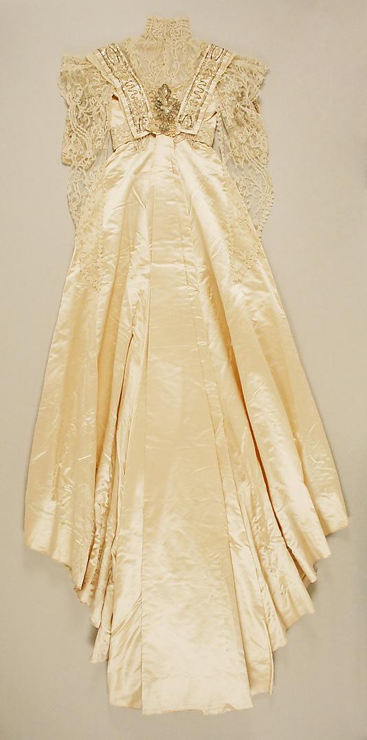 Wedding Dress - back - 1907 - Culture: American - Silk, cotton, glass, plastic, wax - @~ Watsonette