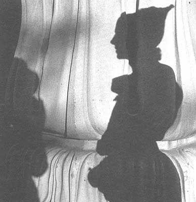 lee miller's photograph of eileen agar at brighton pavilion, 1937