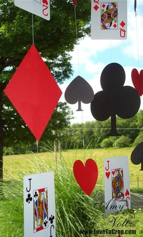 Cute playing card garland for an Alice in Wonderland party!