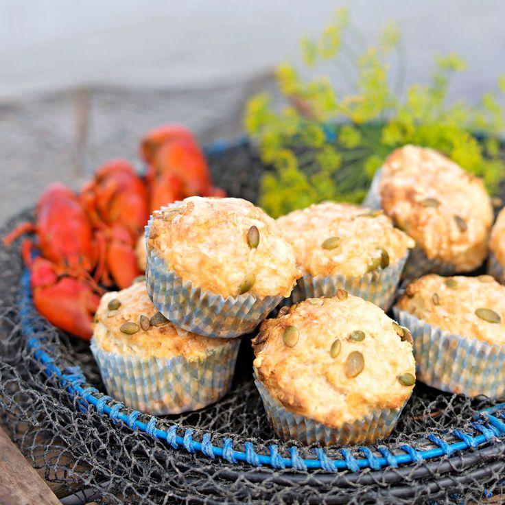Nybakade muffins som tillbehör till kräftskivan kommer göra succé!