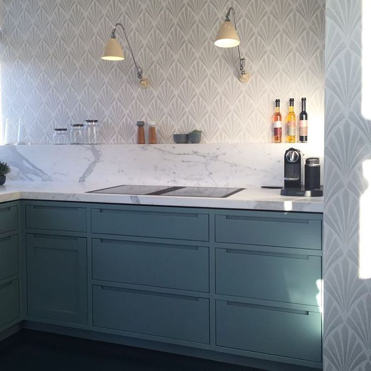 Kitchen In Oval Room Blue And Deco Fan Wallpaper Blaendendeboliger Boform Tapetcafeproject