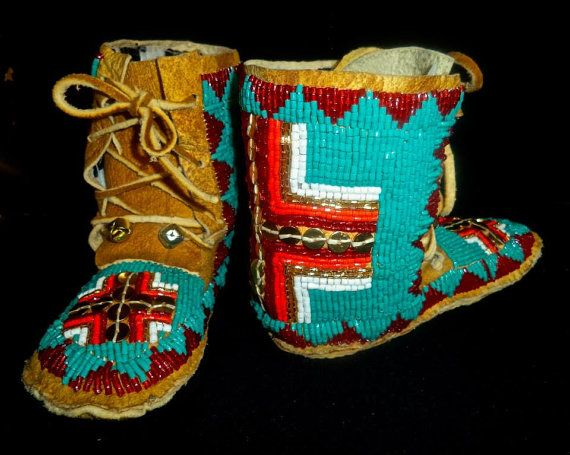 Full beaded hi-top baby moccasins by BeadworkMasterPieces on Etsy