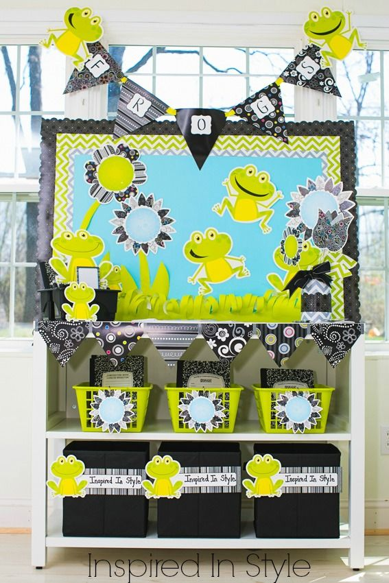 Hop on over and check out the new Frogs and BW Collection Mini Classroom!