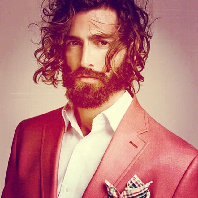 #menwear #menstyle #street #streetfashion #style #men #fashion #fashionblog #fashionista #fashionandnews #blazer #pink #pocket #square #accessories  (at www.fashionandnews.com)