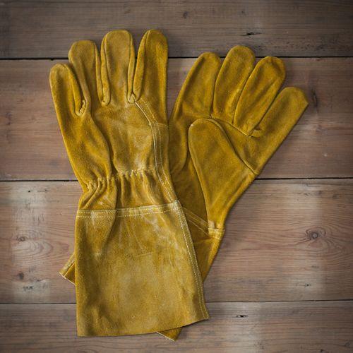 Les 25 meilleures id es de la cat gorie des gants de cuir - Cadeau jardinage homme ...