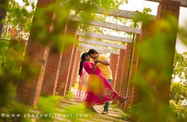 Photoshoot for Wedding Album Thanks for choosing us, we show our gratitude by making you happy with our products for you. #Photoshoot #Photo #couple #WeddingAlbum #Weddingphotography #ShadowFilArt #outdoorshooting ©http://www.shadowfilmart.com FOR BOOKING_ +91 7708844995
