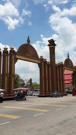 Pintu Gerbang Kota Sultan Ismail Petra, Kota Bharu, Kelantan, Malaysia.