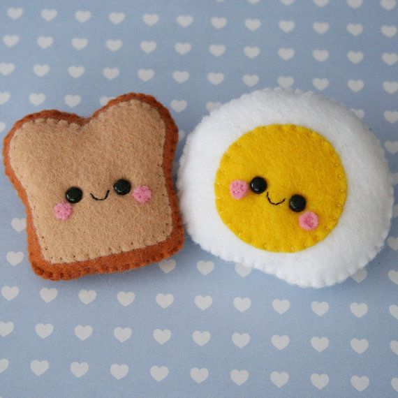 Oh my gawd! Unbelievably cuuuute! Toast and Egg Felt Brooches Cute Brooch by hannahdoodle on Etsy, Great felt play food idea.