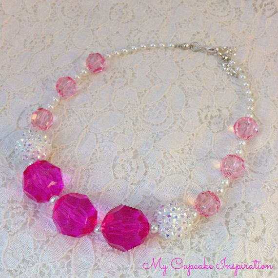 Bubble Gum Necklace, Little Girl Jewelry, Princess Dress Up, Princess Aurora, Sleeping Beauty, Costume Necklace, Special Hot Pink, Light Pink and White Necklace. Photo Prop, Pretty in Pink, Pink Necklace, Flower Girl Pink Necklace, Special occasion necklace, Pink Wedding Party Gift
