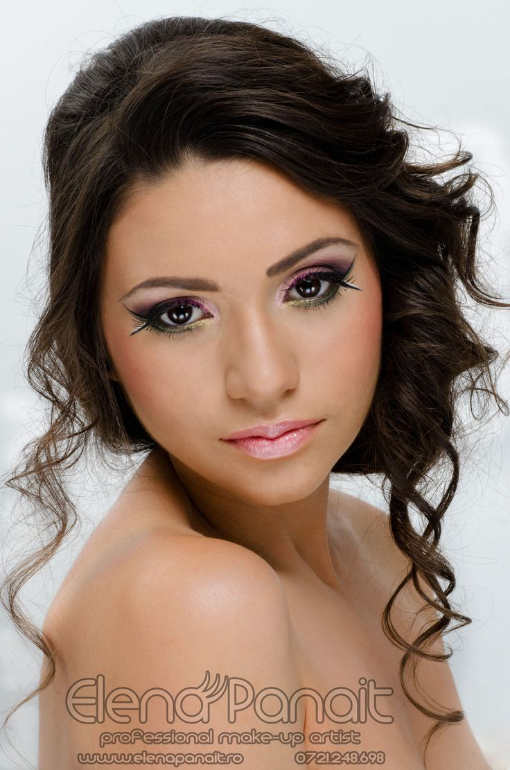 Machiaj in tehnica acuarelei in nuante de mov realizat de #ElenaPanait #Makeup #Artist