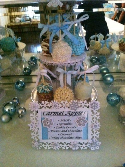 Caramel apples at a Winter Wonderland Party #winter #caramelapples