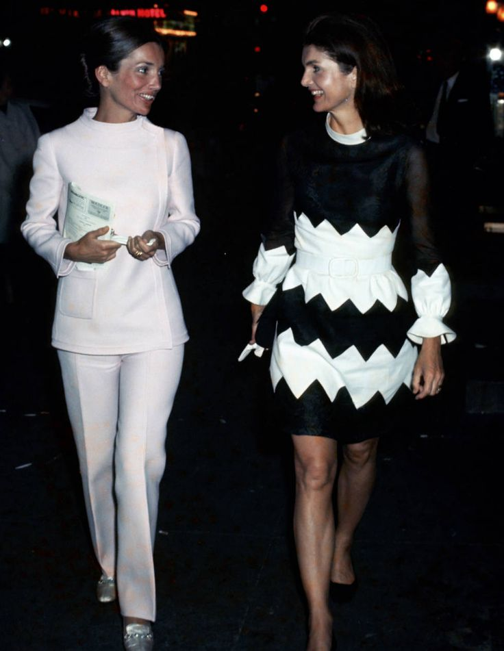 Style Lessons We Can Learn From Lee Radziwill - Lee Radziwill Fashion   I LOVE her pantsuit!!!!!