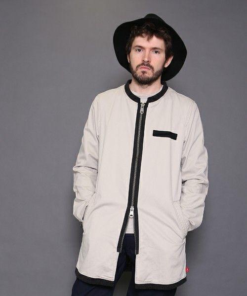 デザイン性が高いとグッとおしゃれに。秋冬のファッション アイテム メンズショップコート コーデを集めました。
