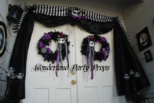 Nightmare before Christmas entryChristmas Parties, Halloween Decorations, Doors Entrance, Parties Ideas, Christmas Decor, Halloween Doors, Nightmare Before Christmas, Christmas Halloween, Jack Skellington