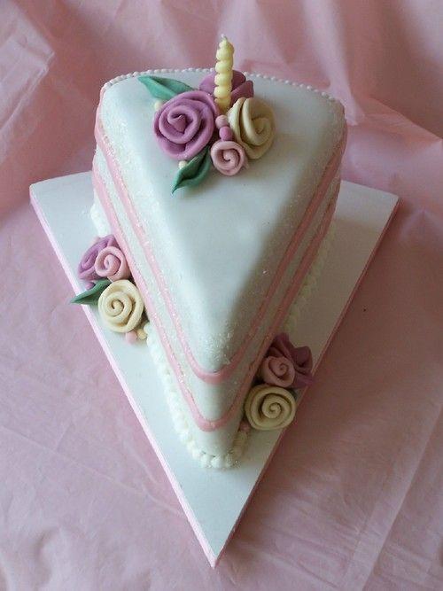 nice: One Layer Decorated, Cakes Cupcakes Cakepops, Cakes Cupcakes Cookies, Vintage Cupcakes, Decorated Cakes Novelty, Single Serving, Unusual Weddingcakes, Cupcake Deco, Strawberry Cake