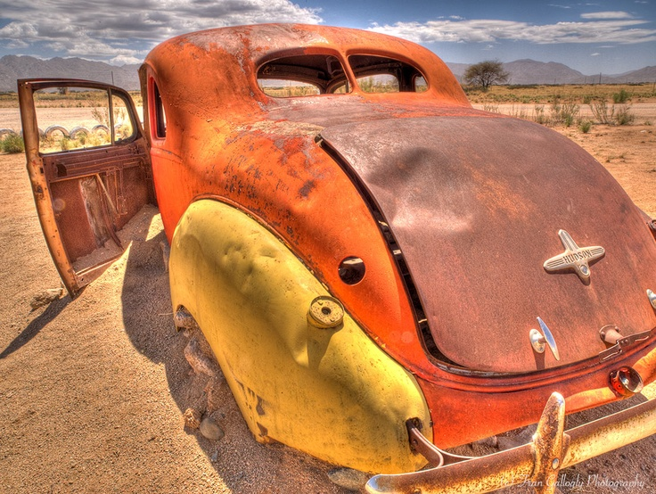 Solitare Country Inn car graveyard