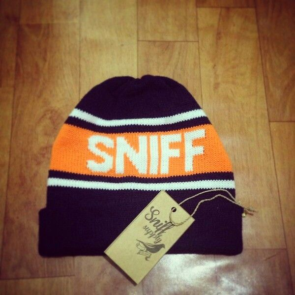 "SNIFF ""SUBSCRIBE"" beanie  Idr. 88k 