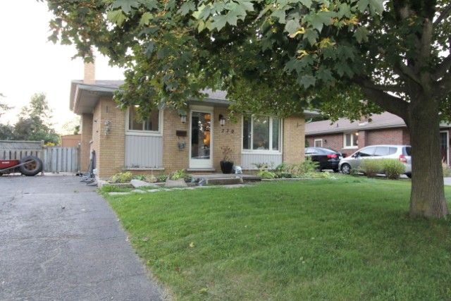 HOT NEW LISTING!! #ForSale #RealEstate #Cambridge #Detached #TheNicolsonTeam #Remax
