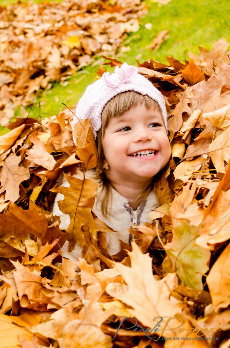 Fotografie copii toamna / Autumn children photography - Thea www.pixelipoznasi.ro