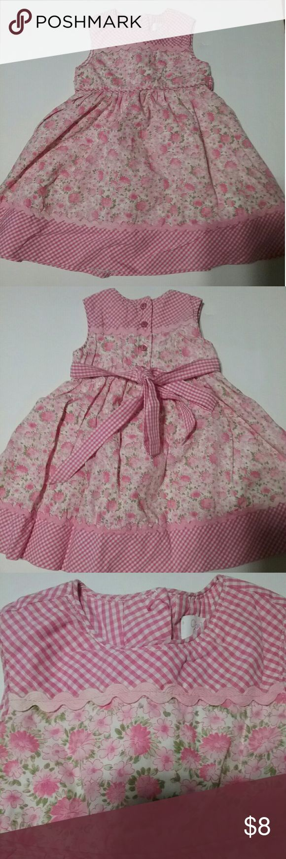 Baby Girl's Pink Flowery Dress In good condition. There is a little discoloration on the appliqués on the top part in front and back, but not too noticeable.  See pics. Chelsea's Corner Dresses