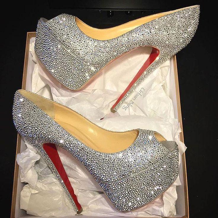 TAG that ONE Girl that would rock these! Yay or Nay?  #heels #instalove #pumps #fashion  #heels #heelsmurah #highheels #sepatuheels #jualheels #heelsaddict #louboutinheel #heelshoes #loveheels #sexyheels #blackheels #heelscantik #instaheels #heelsfashion #valentinoheels #heelstagram #high_heels #heelsimport  #heelstretch #yslheels #heelsmurmer  #heelslucu #supplierheels #heelssecond #iloveheels #blackheels