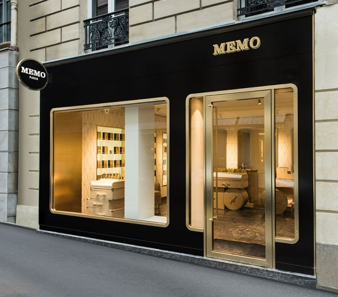 sehr schöne shopfront. http://www.india-mahdavi.coms/1023/projects/boutiques/memo.html