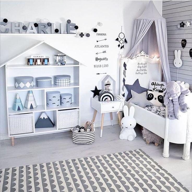 """Gefällt 977 Mal, 31 Kommentare - Kids and baby Inspiration ♡ (@finabarnsaker) auf Instagram: """"Åh vad jag gillar det här rummet hemma hos @charnelia80 """""""