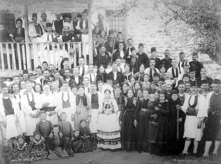 Σμίξη, Γρεβενών, γαμήλιος χορός. Αφοί Μανάκια