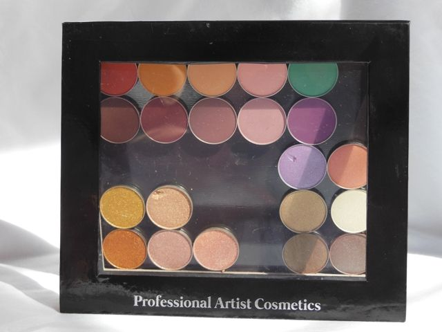 Is it a Dupe of Z Palette: PAC Cosmetics Empty Magnet Palette Small Hey Gorgeous, PAC Cosmetics is the hottest brand nowadays in the Indian market and ever