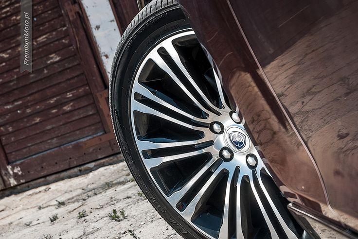 Lancia Thema 20-inch alloy wheel #thema #lancia #wheel see more: http://premiummoto.pl/08/12/lancia-thema-30-crd-nasza-sesja