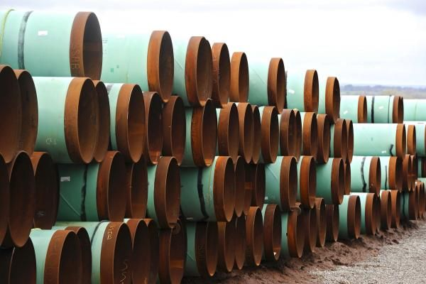 Pipeline company TransCanada said Thursday that commercial commitments for about 60 percent of the capacity for its Keystone XL pipeline is…