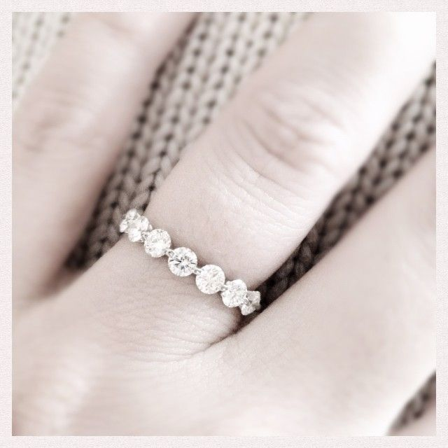 A different style eternity band than you usually see. I like this one.