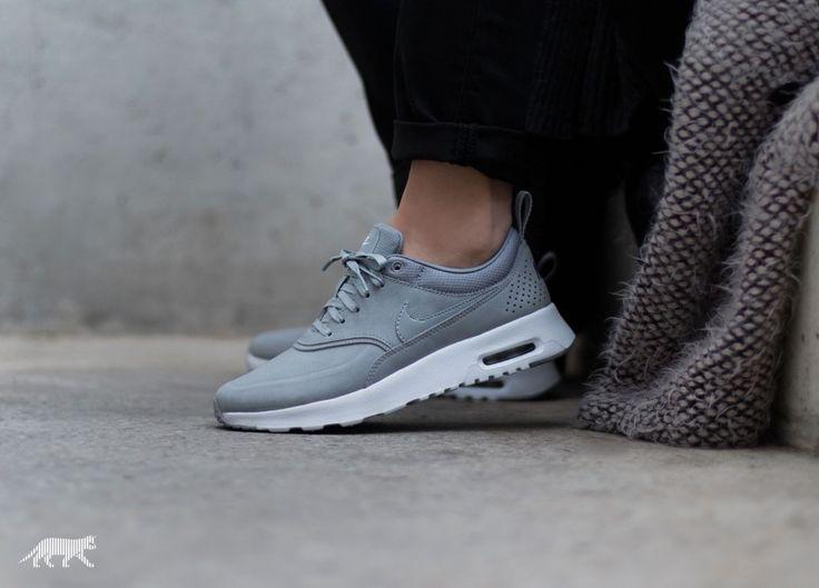 Women's Nike Wmns Air Max Thea PRM Metallic Silver Pure Platinum Sneakers : J46y7820