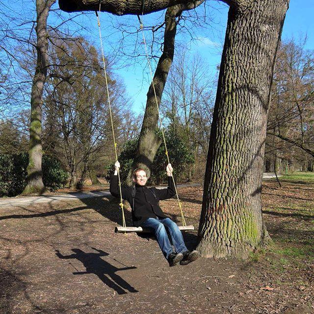 Swinging into the weekend like . . #swinging #weekendmood #weekendmode #springiscoming #springfeeling #lednice #czech #czechrepublic #igerscz #morava #hikingadventures #hikingtrails #hikingculture #hikinglife #hikingtrip #hikersofinstagram #outdoorslife #naturelovers #wanderlusters #adventurelife #bluesky #travellove #travelholic #traveleurope #gaytravel #gaytraveler #gaylife #gayinsta #gaystagram #czechgay