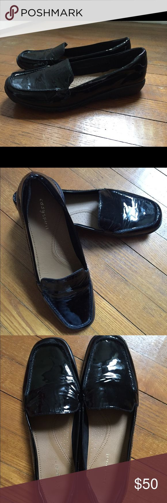 Patent Easy Spirit 7.5 flat loader slip on Black Patent Easy Spirit loafer, slip on in size 7.5 in excellent condition! Easy Spirit Shoes Flats & Loafers