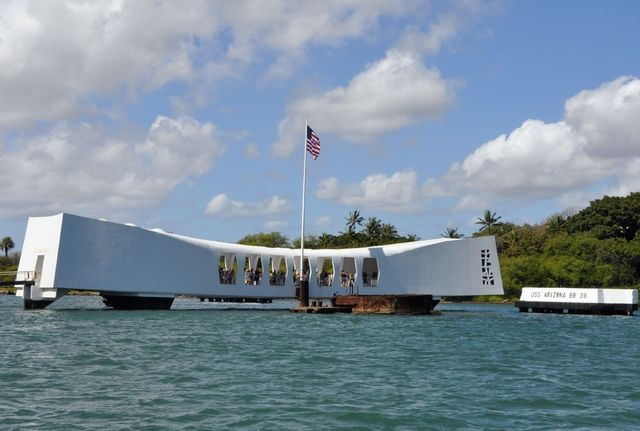 Free (Or Almost Free) Ways to Enjoy Oahu, Hawaii: Visit Pearl Harbor and the USS Arizona Memorial