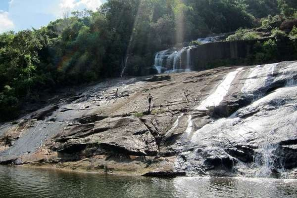 Tumburun Waterfalls , Anambas