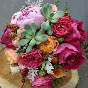 Букет невесты от Цветочной Студии АГАВА)