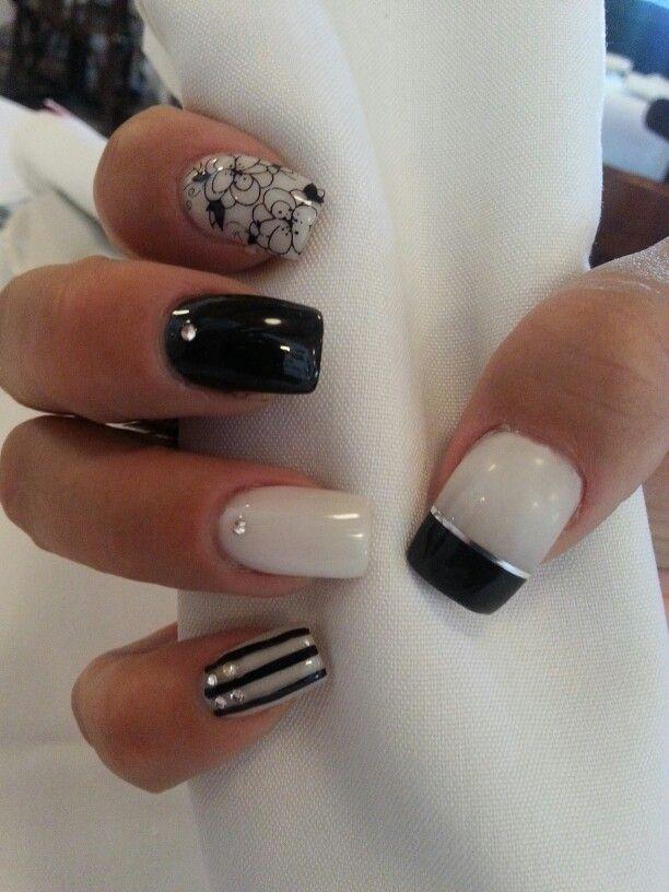 Diseno En Blanco Negro Y Plata Unas Nails Nails