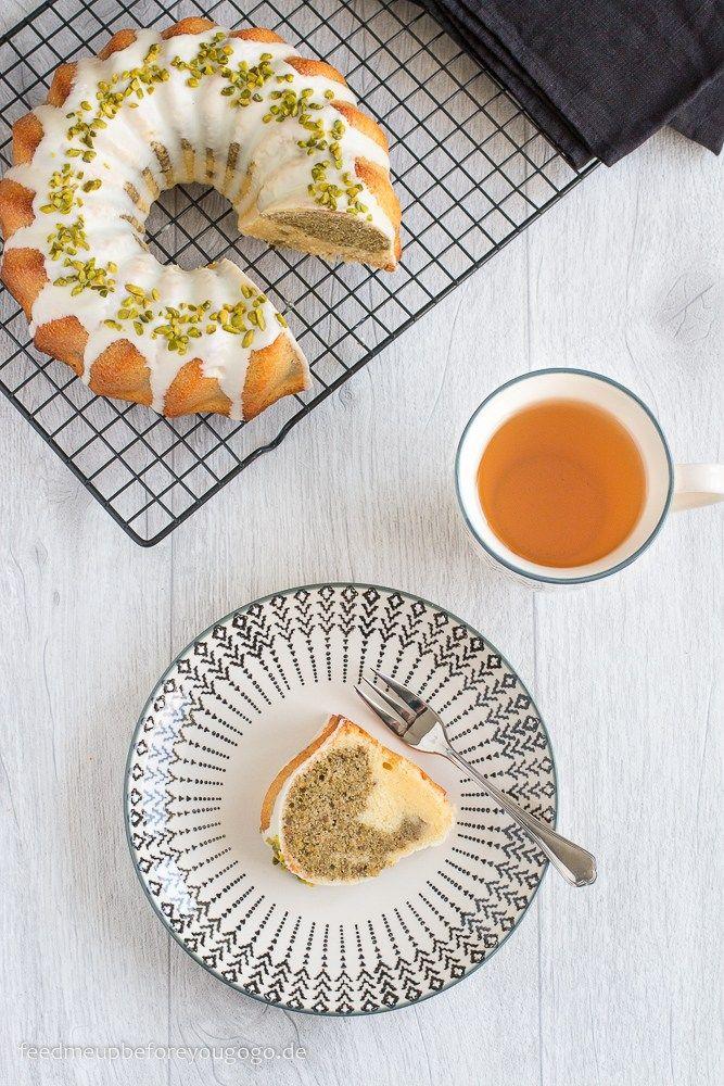 Mamorkuchen mit weißer Schokolade, grünem Darjeeling & Pistazien, Rezept / White chocolate marble cake with green tea & pistachio // Feed me up before you go-go